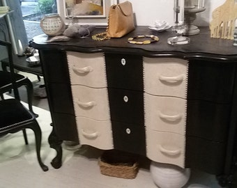 only original cippendal chest of ivory and black