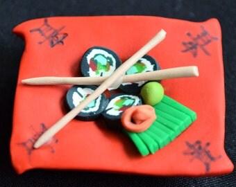 California roll refrigerator magnet, Japanese food, refrigerator magnet, polymer clay food magnet, gift