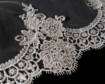 """Elegant lace Veil 77"""" x 55'', fingertip length with lace edging"""