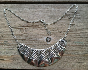 Silver color necklace