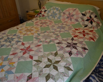 Beautiful Hand-pieced/quilted 1960s Green Quilt in Great Condition