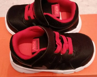 Nike infant shoes size 4.5