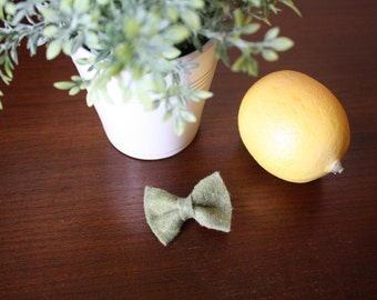"""Baby Bow - 1.5x2"""" Sage Green"""