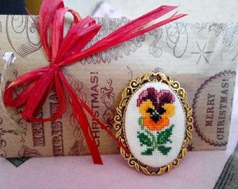 Brooch with embroidery vintage