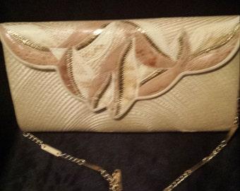 Straw woven purse