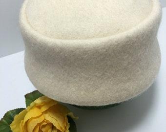 Vintage Shagfelt Ivory Wool Pillbox Hat