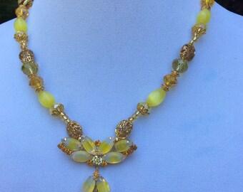1950's Moostone Pendant Necklace
