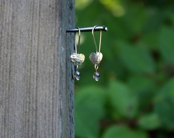 Hammered Hearts (Sterling silver, Light Pink) earrings