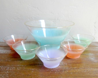 Vintage Serving Bowl Set,  Pastel Bowls, Blendo Salad Bowls, Atomic Glassware, Mid Century Modern Glass Bowl Set, Snack Bowl Retro Glassware