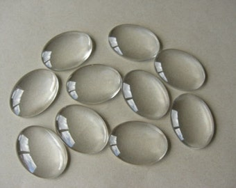 10 Clear Oval Dome Glass Seals 40x30mm