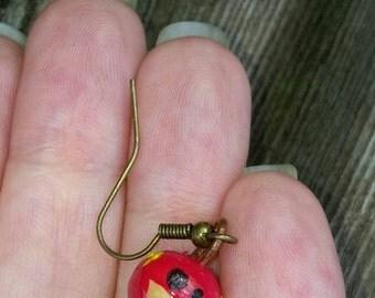 Scarlet speedster earring