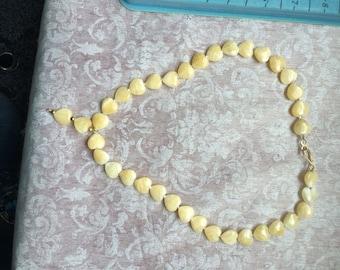 Cream heart pearl necklace
