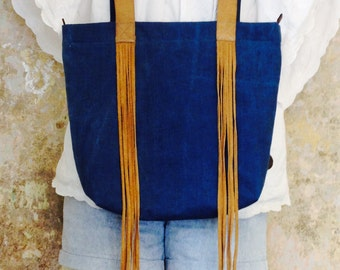 Big 100% vintage denim tote bag with two different handles- denim& recycled leather, with a vinatge zipper and inside pocket