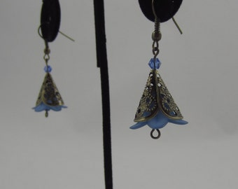 Blue Short Cone Flower Dangling Earrings