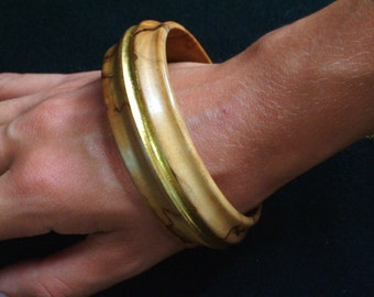 Olive jewel with gold-silver wood and gold-Gold and olive-Wood and gold Jewel-Eco-elegant Design-