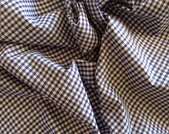 High quality Gingham polycotton poplin. Purple