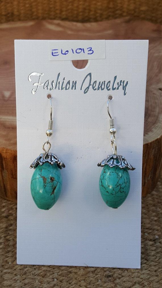 Turquoise Earrings / Turquoise Stone / Turquoise and Metal / Semi Precious Stone / Dangle Earrings / Hippie Earrings / Boho Jewelry /E61013