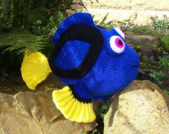 Dory the blue tang fish knitting pattern for a soft toy