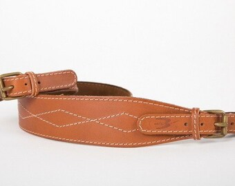 Shoulder strap for carbine and rifle realized with calf-skin leather 5 cm wide