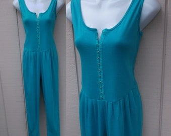 Vintage 80s Teal Blue Stretch Knit Jumpsuit / Tapered pants cropped leg with Dropwaist Bodice / Size Sml
