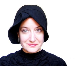Black wool cloche, Modern millinery, Womens cloche hat, Sewn fabric hat, Warm winter cloche, Brimmed cloche, Adjustable size : Accomplice