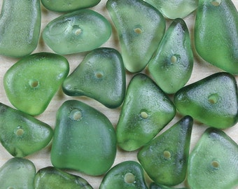 teal green sea glass, 20 pieces seaglass, seaglass beads, sea glass pendants, predrilled sea glass, drilled beach glass, recycled glass, diy