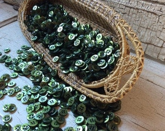 """Vintage Dark Green Buttons, Glossy Green Shirt Button, Lot of 50, Shiny Green Button, New Old Stock, 1/2"""" in diameter,Forest Green"""