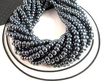Lustrous Gunmetal Black Czech Seed Beads, 6/0, 4mm, 2 Strands, Metallic Black, Czech Glass Beads, Industrial Black Seedbeads SB073
