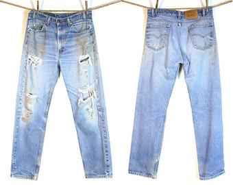 Levi's 505 Jeans / Vintage 1980s Levi's Distressed Denim / 32.25 x 30