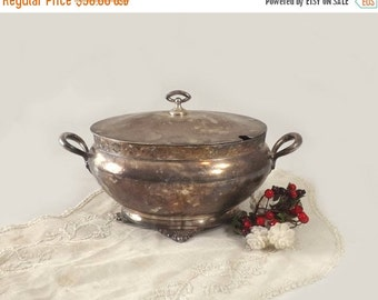 Meridan Silver Quadruple Plate Soup Tureen, Antique Aesthetic Silverplate Oval Covered Vegetable Bowl, Cottage Chic Decor