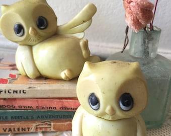 Vintage Plastic Owls 1970 - set of 2