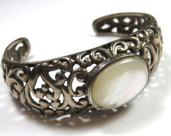 SJK Vintage -- Mid Century 925 Sterling Filigree Cuff Bracelet with MOP Cabochon, Small Wrist (1950's-60's)