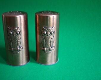 VINTAGE copper owl SALT and PEPPER set