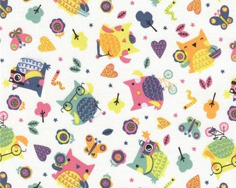 20% OFF! Timeless Treasures FABRIC - Fun - Tossed Owls - White