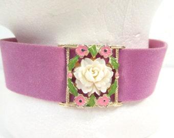 Vintage choker, lilac velvet choker, enamel flower choker, vintage costume jewelry, lavender choker, velvet ribbon choker
