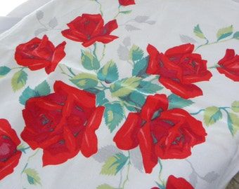 Wilendur 4 Table Runners or Kitchen Towels from Tablecloth Red Rose Bush Cotton Fabric