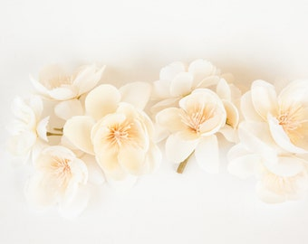 10 Wild and Whimsy Rose Blossoms in Ivory Cream - Silk Flowers, Artificial Flowers - ITEM 0264