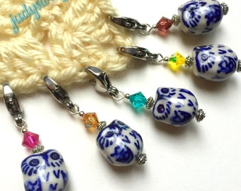 5 Stitch Markers - Traveling Owls