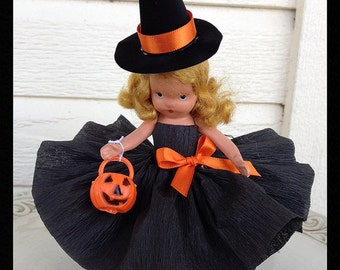 Halloween Decoration Cute Witch Vintage Halloween Nancy Ann Bisque Doll Halloween Decoration for Halloween Party or Halloween Ornament TVAT