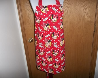 Minnie Mouse Apron, Women's Full Apron, Chefs Apron, Cooking Apron, Reversible Apron, Front Pocket, Adjustable Neck Strap, Handmade, Gift