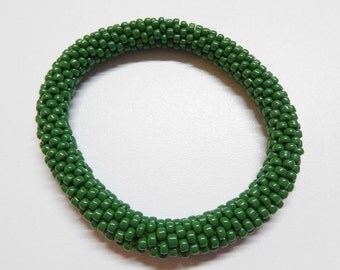 forest green roll on bracelet,forest green opaque stackable crochet bracelet,crochet roll on bracelet,handmade bead bracelet,crochet rope