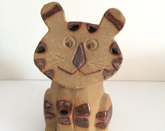 Clay Cat Figurine Tiger Folk Art Sculpture