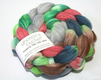 Hand Dyed Artisan Fiber, Spinning Weaving Fiber, Double Merino Wool/Silk Fiber - Clover-Wrapped Heart colorway (dyelot 31116)