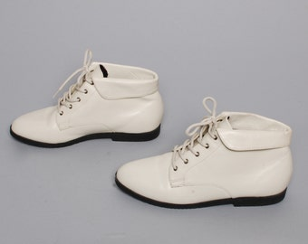 size 7 GRUNGE cream white leather 80s 90s HIKING OXFORD lace up ankle boots