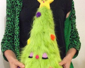 Plush Christmas Tree in Green