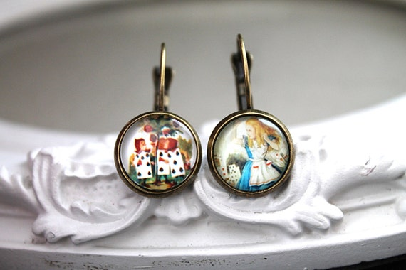 Alice in Wonderland and the painting cards   earrings sweet lolita feminine leverback