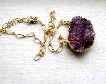 Amethyst Geode Oval Crystal Pendant Gold FIlled Fancy Chain Necklace