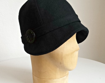 Black Wool Cloche with Vintage Buckle - XS