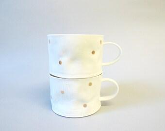 Gold polka porcelain crumple cup