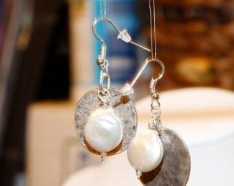 Coin Pearls - Lunar